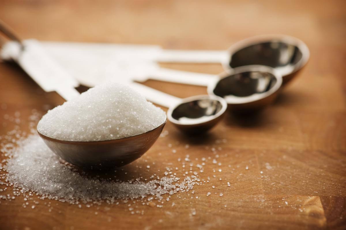 تفاوت شکر و عسل طبیعی
