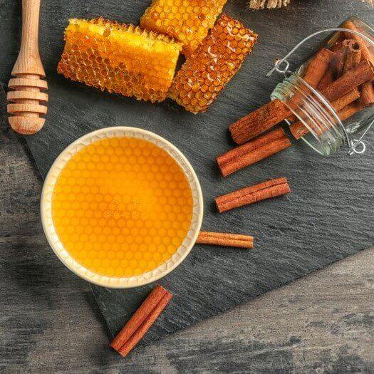 11 خاصیت اثبات شده ترکیب عسل و دارچین | فواید چای دارچین و عسل | خواص عسل و دارچین | دارچین و عسل | سفیدانه