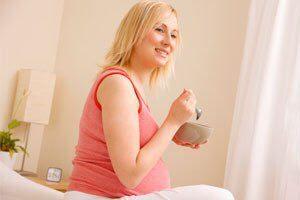 آیا زنان باردار میتوانند عسل بخورند؟