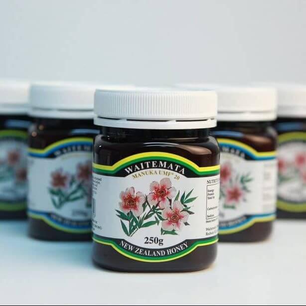 عسل مانوکا چیست؟ | قیمت عسل مانوکا | عسل مانوکای نیوزیلندی | عسل مانوکا در ایران